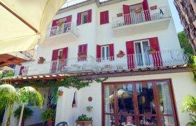 Offerte Charme Hotel La Villa Tina Ischia