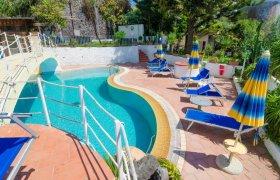 Last Minute Hotel Terme Saint Raphael Spiaggia Maronti